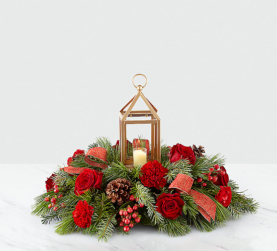 "I\'ll Be Home for Christmasâ""¢ Lantern Centerpiece"