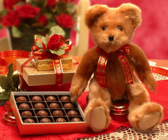 Hugs & Kisses Bear w- Chocolates