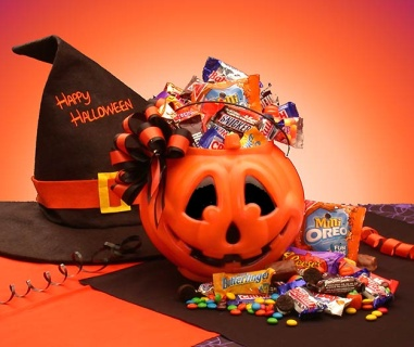Tricks or Treats Halloween Goodies Pail