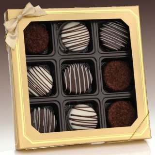 Classic Chocolate Dipped Oreo? Cookies  Gift Box