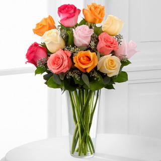 Graceful Grandeur™ Rose Bouquet